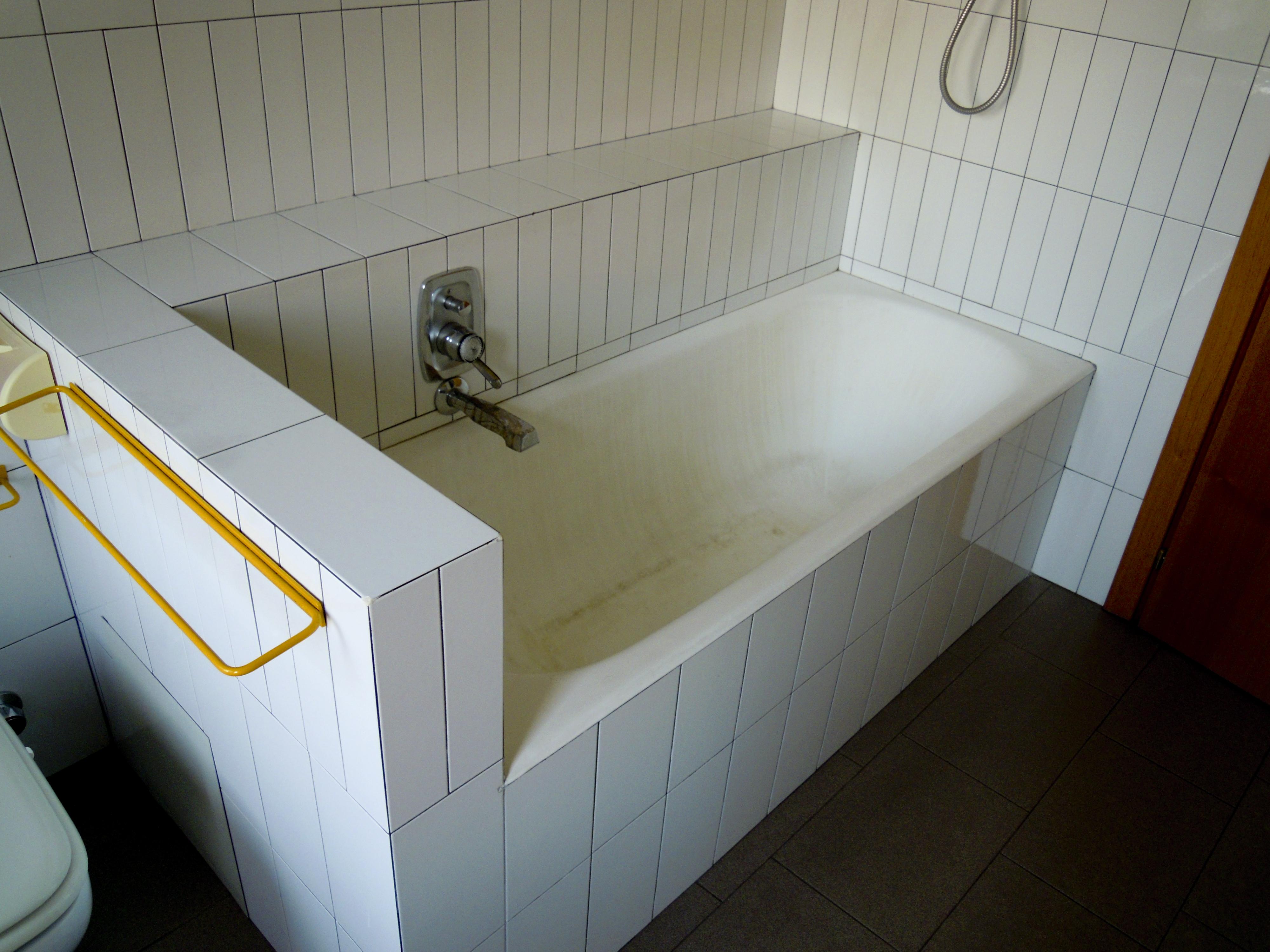 Rifacimento Vasche Da Bagno Bergamo : Sostituzione vasca da bagno senza rompere le piastrelle