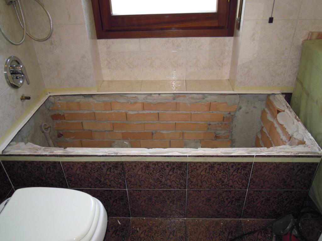 Sostituire piastrelle bagno excellent sostituire piastrelle bagno with sostituire piastrelle - Rinnovare il bagno senza rompere ...