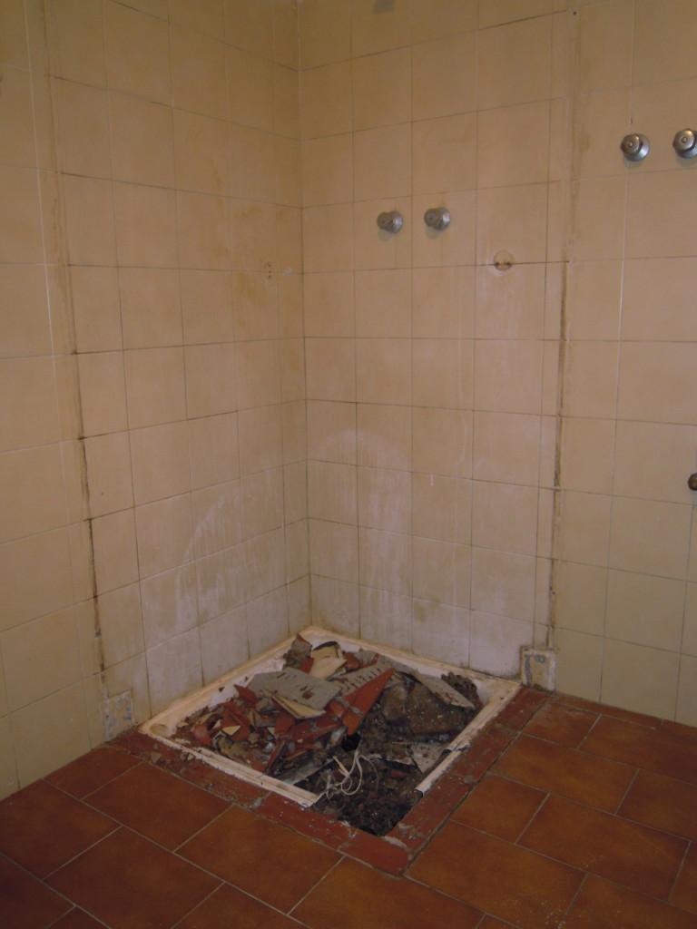 Trasformazione vasca in doccia milano - Tel 800968995 – Sostituzione Piatto Doccia senza rompere ...