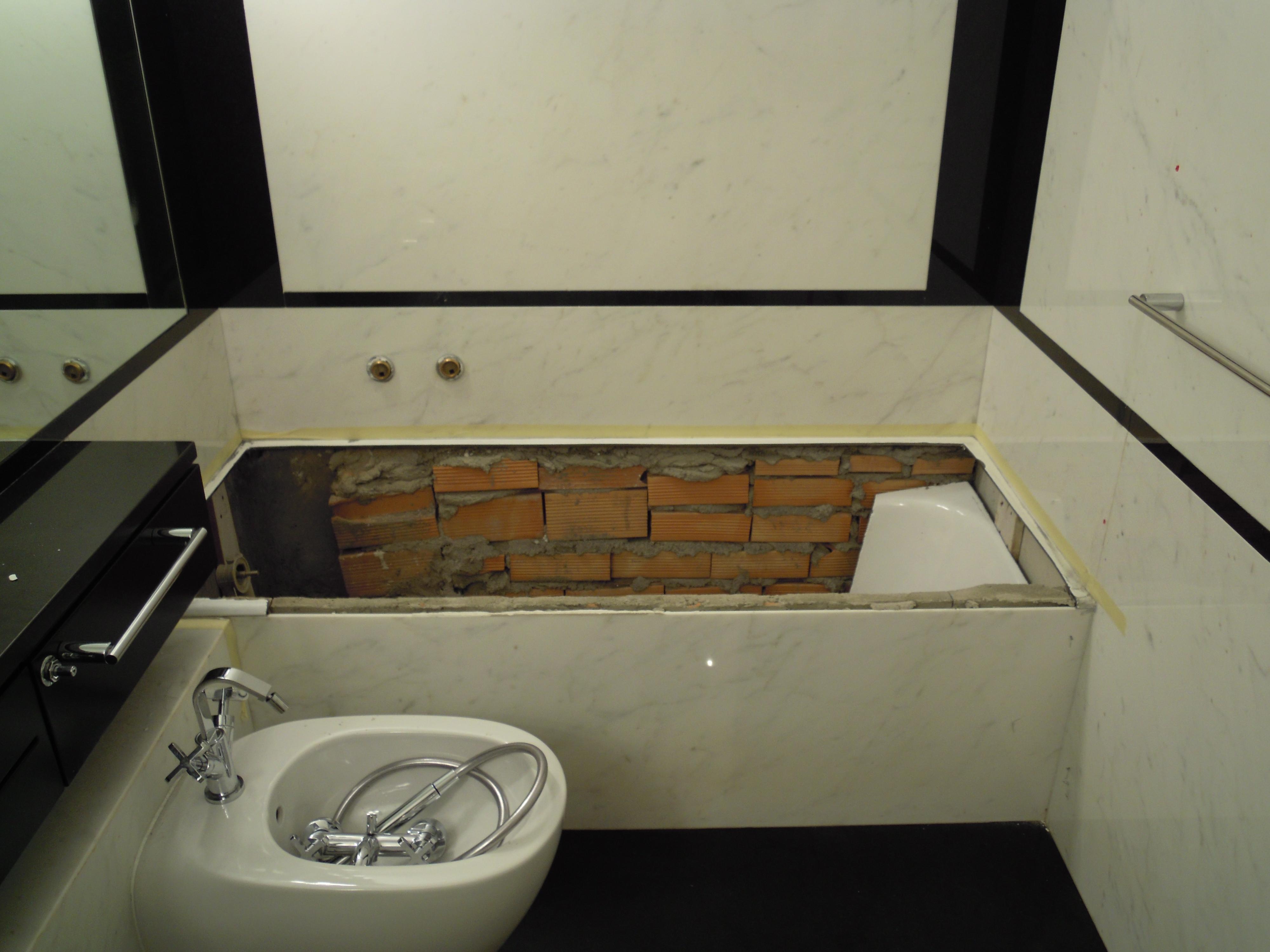 Rifacimento Vasche Da Bagno Bergamo : Sostituzione vasca da bagno in acrilico milano u trasformazione